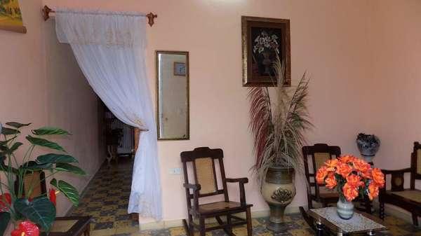 Casa de  1 cuarto y 1 baño por $ 8.000 en Santa Clara, Villa Clara