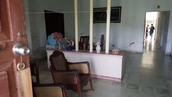 Casa de  4 cuartos, 2 baños y 1 garaje por $ 65.000 en Cienfuegos, Cienfuegos