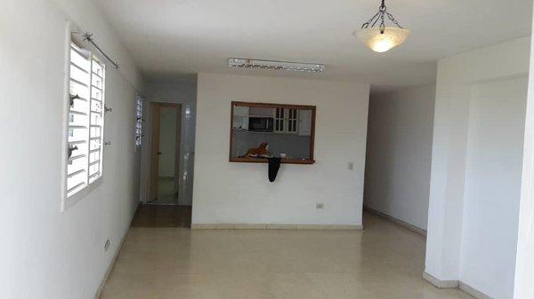 Apartamento de  2 cuartos, 2 baños y 1 garaje por $ 70.000 en Plaza de la Revolución, La Habana