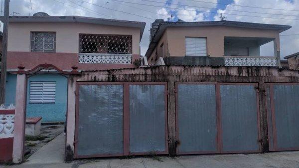 Picture on Casa de 4 cuartos, 2 baños y 1 garaje por $ 42.000 en Santa Clara, Villa Clara