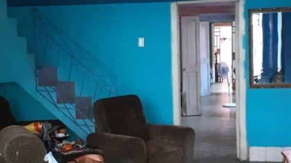 Casa de  5 cuartos y 4 baños por $ 120.000 en Plaza de la Revolución, La Habana