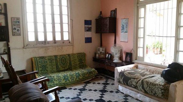 Picture on Casa de 5 cuartos, 2 baños y 1 garaje por $ 280.000 en Plaza de la Revolución, La Habana