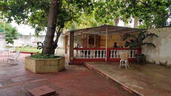 Picture on Casa de 4 cuartos, 4 baños y 1 garaje por $ 240.000 en Playa, La Habana
