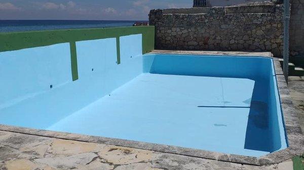 Picture on Casa de 5 cuartos y 4 baños por $ Ajustable en Playa, La Habana