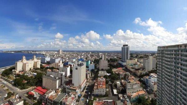 Apartamento de  3 cuartos y 2 baños por $ 200.000 en Plaza de la Revolución, La Habana