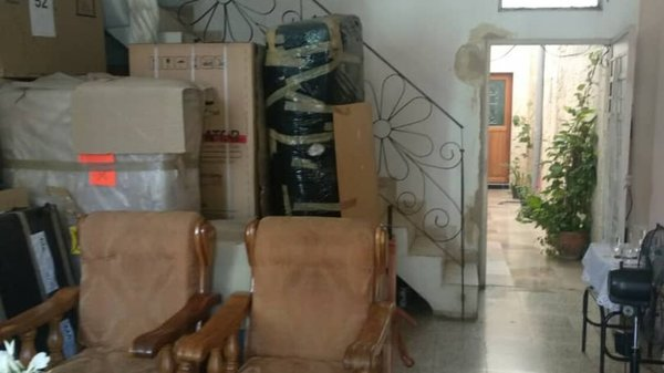 Casa de  4 cuartos, 2 baños y 1 garaje por $ 49.000 en Diez de Octubre, La Habana