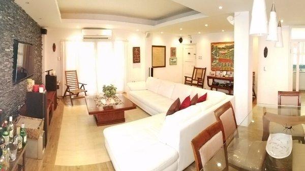 Picture on Apartamento de 3 cuartos y 2 baños por $ 160.000 en Plaza de la Revolución, La Habana