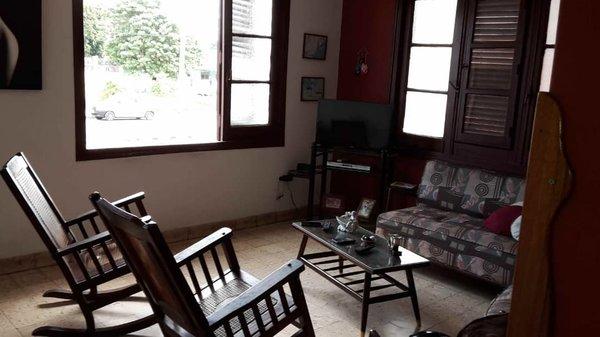Picture on Apartamento de 3 cuartos, 3 baños y 1 garaje por $ 180.000 en Plaza de la Revolución, La Habana