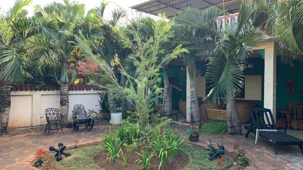 Picture on Casa de 8 cuartos, 8 baños y 1 garaje por $ 800.000 en Playa, La Habana