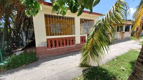 Casa de  4 cuartos y 1 baño por $ 20.000 en Cienfuegos/Cienfuegos/La Gloria