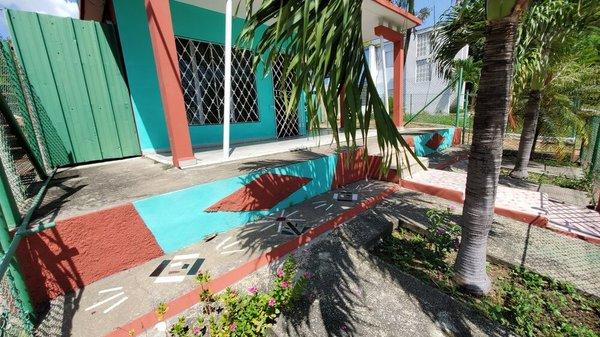Casa de  3 cuartos, 2 baños y 1 garaje por $ 60.000 en Cienfuegos, Cienfuegos