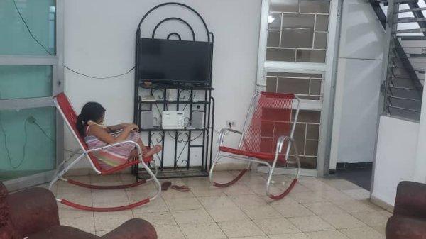 Picture on Casa de 3 cuartos y 2 baños por $ 50.000 en Cerro, La Habana