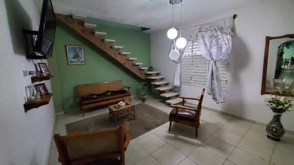 Picture on Casa de 4 cuartos, 3 baños y 1 garaje por $ 70.000 en Cienfuegos, Cienfuegos