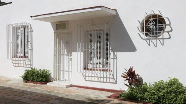 Picture on Casa de 5 cuartos, 5 baños y 1 garaje por $ 400.000 en Plaza de la Revolución, La Habana