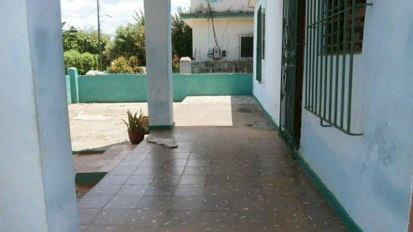 Casa de  3 cuartos y 3 baños por $ 43.000 en La Habana/La Lisa