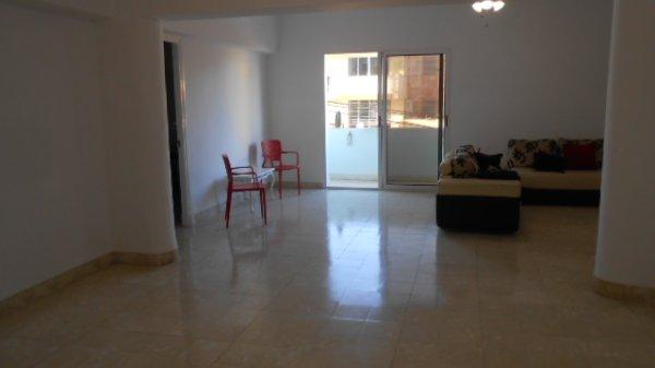Apartamento de  3 cuartos y 3 baños por $ 150.000 en Plaza de la Revolución, La Habana