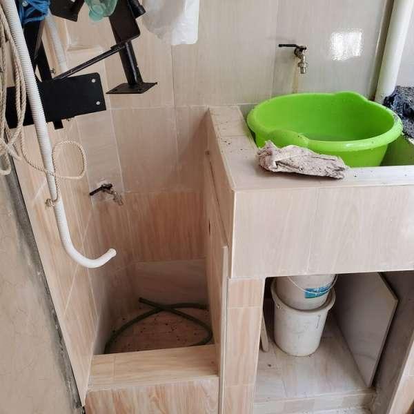 Casa de 6 cuartos y 2 baños por $ 25.000
