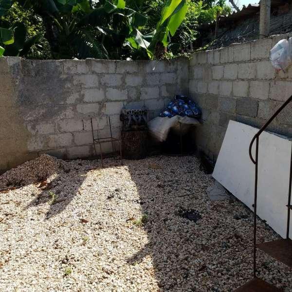 Casa de 1 cuarto y 1 baño por $ 18.000