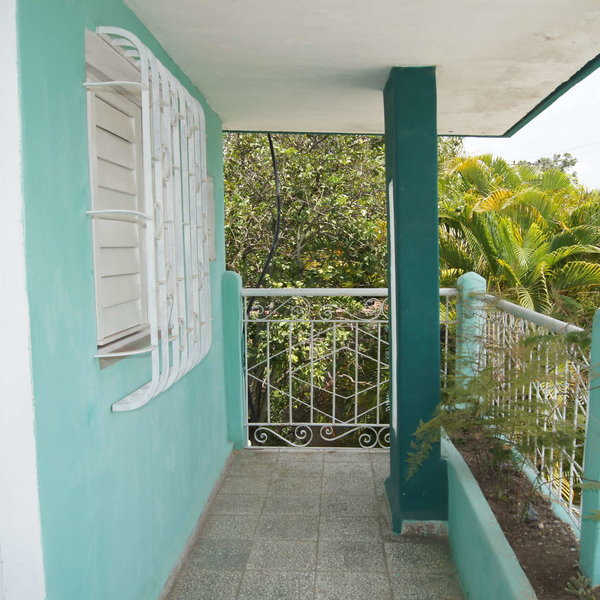 Casa de 4 cuartos, 3 baños y 1 garaje por $ 60.000: