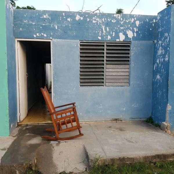 Casa de 2 cuartos y 1 baño por $ 9.000