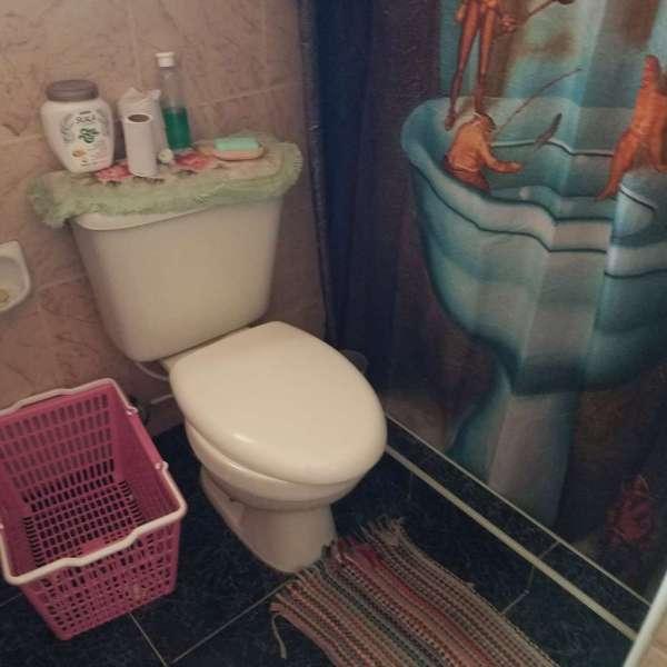 Casa de 5 cuartos y 3 baños por $ 80.000