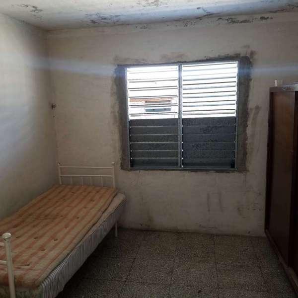 Casa de 3 cuartos y 1 baño por $ 14.000