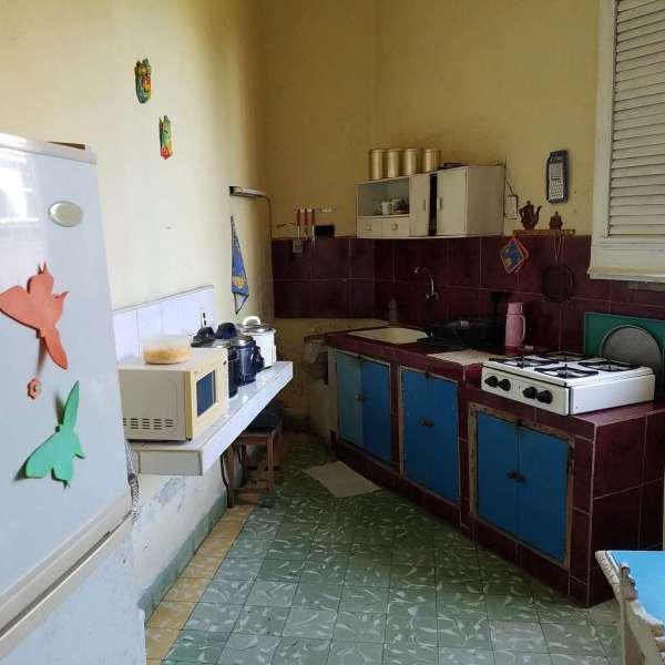 Casa de 2 cuartos y 1 baño por $ 30.000