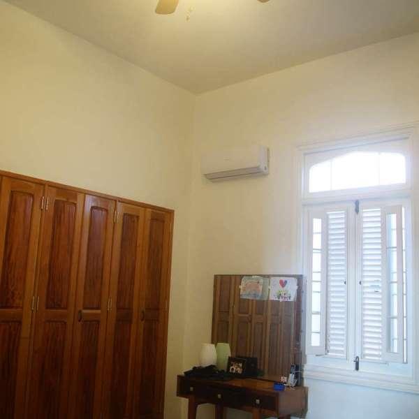 Casa de 5 cuartos, 3 baños y 1 garaje por $ 390.000:
