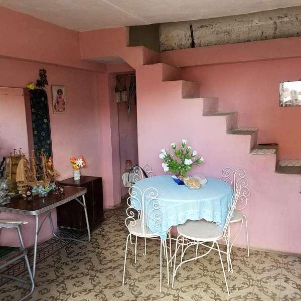 Casa de 2 cuartos y 1 baño por $ 10.000
