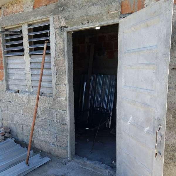 Casa de 2 cuartos y 1 baño por $ 18.000: