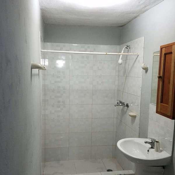 Casa de 5 cuartos y 5 baños por $ 95.000