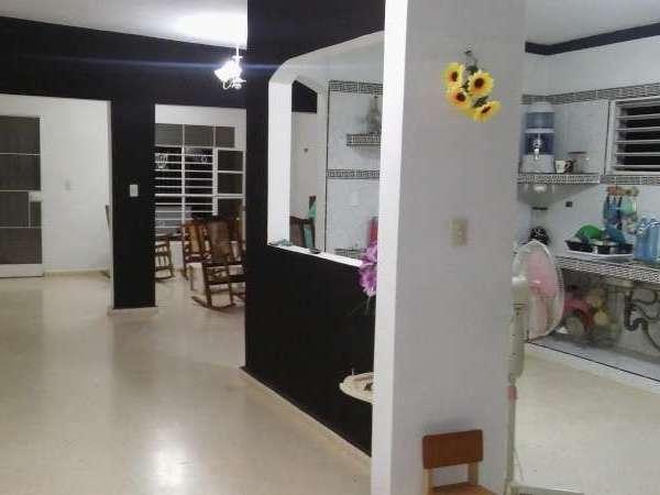 Casa de 2 cuartos y 1 baño por $ 25.000: