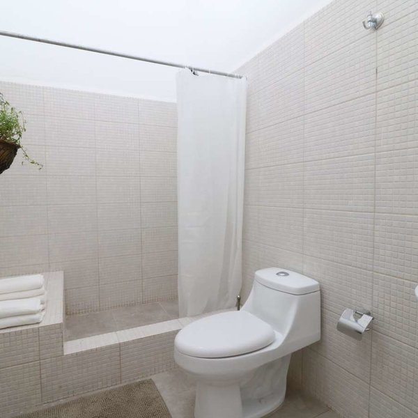 Apartamento de 4 cuartos y 2 baños por $ 249.000