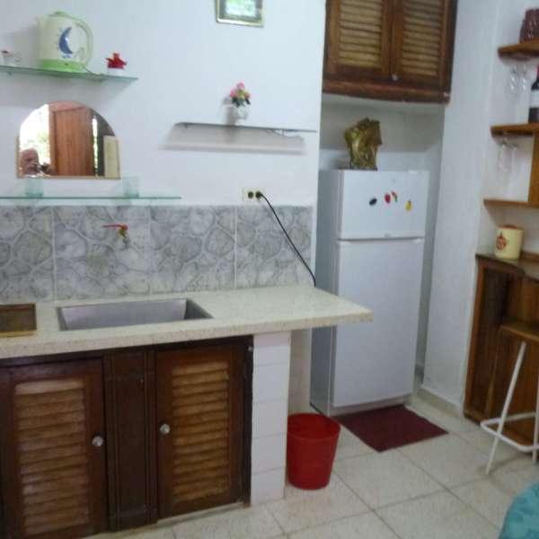 Casa de 5 cuartos, 5 baños y 1 garaje por $ 300.000