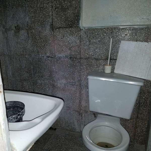 Apartamento de 2 cuartos y 1 baño por $ 15.000:
