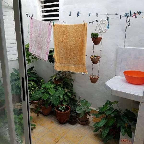 Casa de 2 cuartos y 2 baños por $ 55.000: