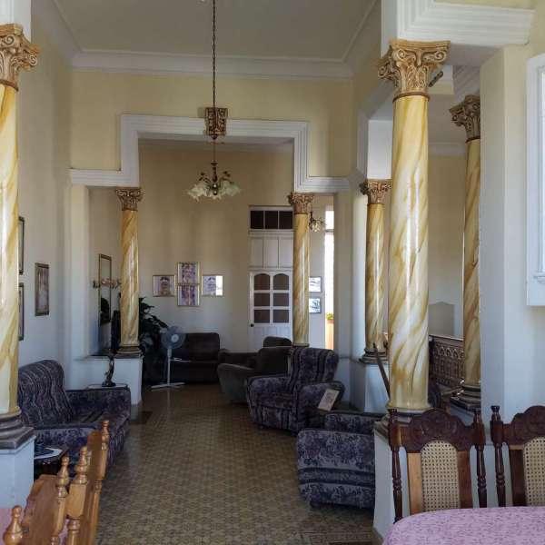 Casa de 4 cuartos y 4 baños por $ 170.000