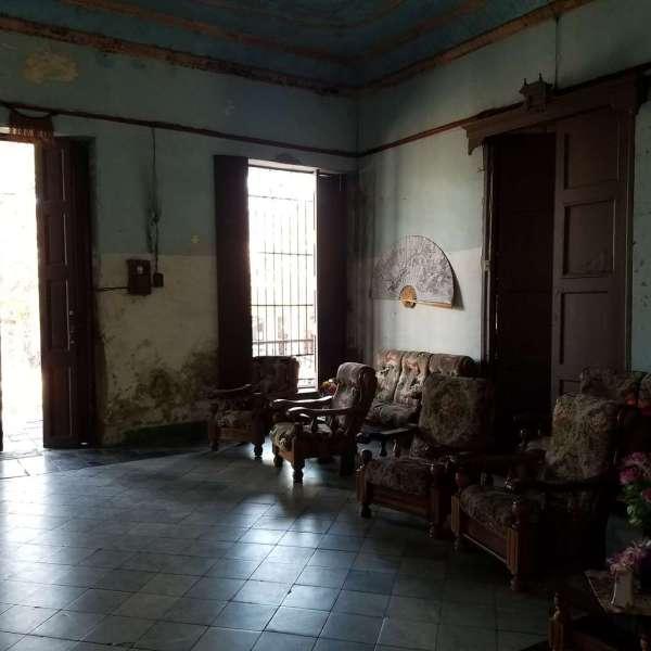Casa de 6 cuartos y 3 baños por $ 70.000
