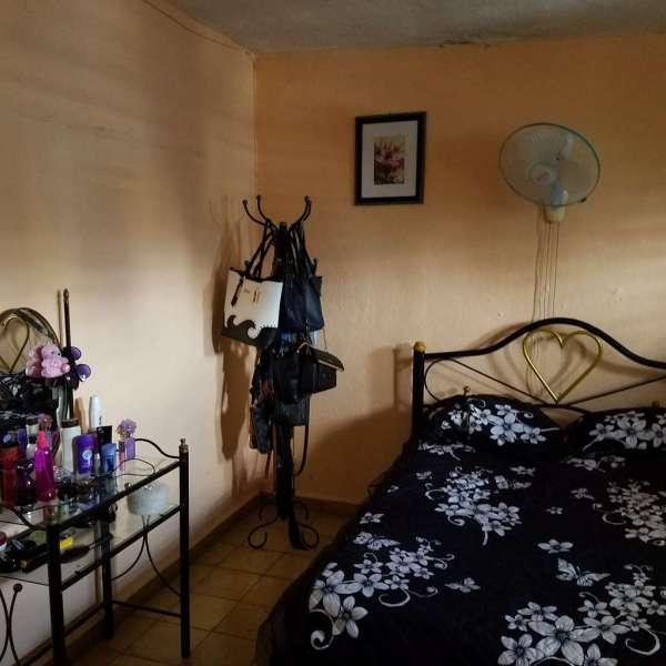 Apartamento de 2 cuartos y 1 baño por $ 8.000
