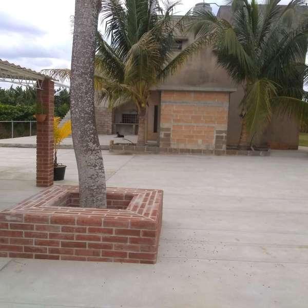 Casa de 8 cuartos, 12 baños y 2 garajes por $ 500.000
