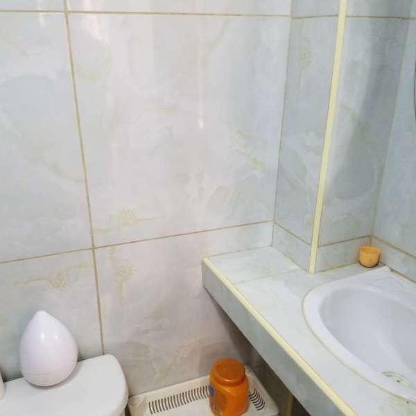 Casa de 1 cuarto y 1 baño por $ 14.000: