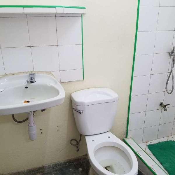 Casa de 2 cuartos y 1 baño por $ 12.000: