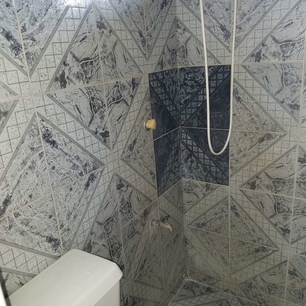 Casa de 1 cuarto y 1 baño por $ 23.000: