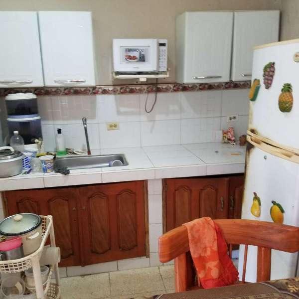 Casa de 4 cuartos y 4 baños por $ 40.000