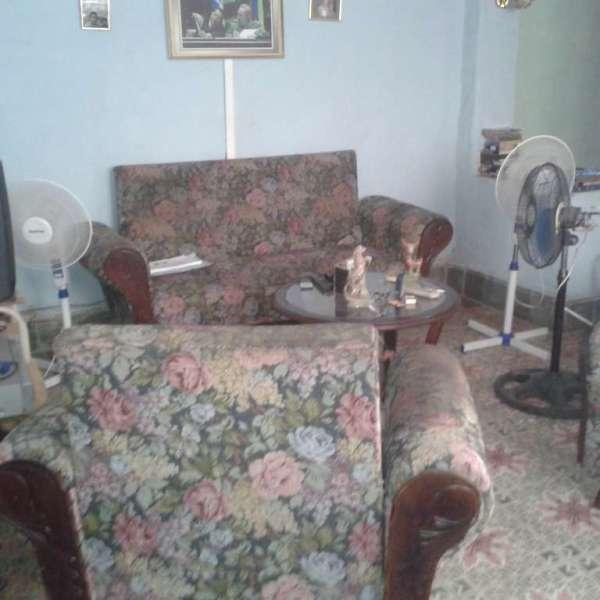 Casa de 3 cuartos, 1 baño y 1 garaje por $ 17.000: