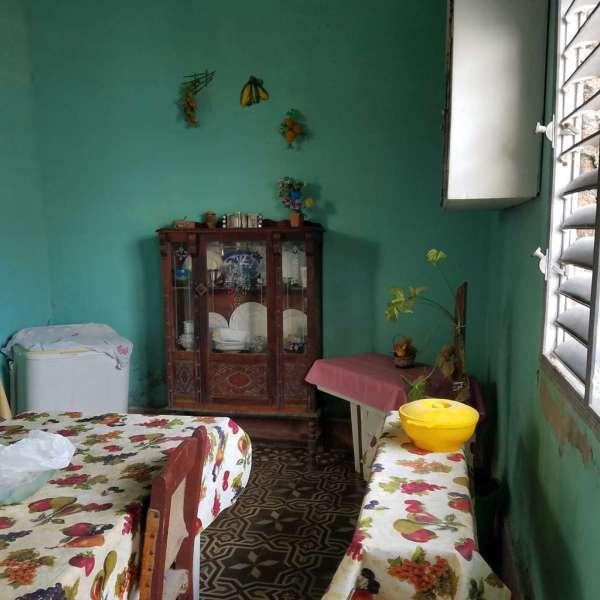 Casa de 4 cuartos y 1 baño por $ 30.000
