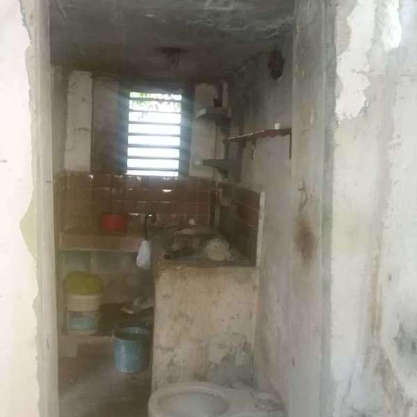Casa de 1 cuarto y 1 baño por $ 3.000:
