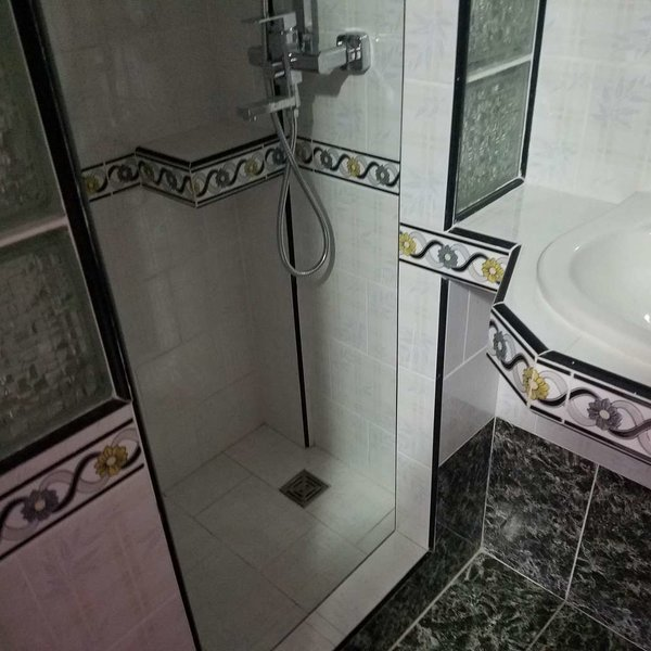 Casa de 3 cuartos y 4 baños por $ 45.000: