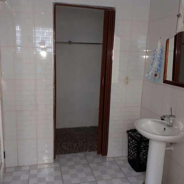 Casa de 4 cuartos, 4 baños y 1 garaje por $ 170.000: