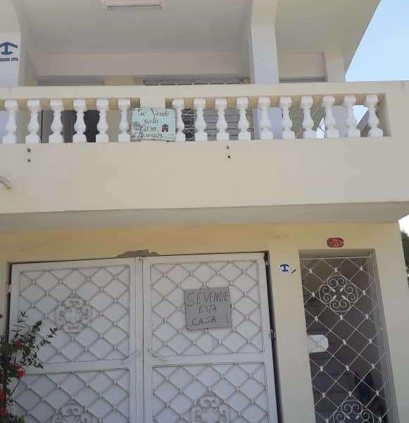 Casa de 6 cuartos, 6 baños y 1 garaje por $ 110.000